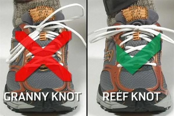Băng dính thay thế cho dây giày trở nên cá tính hơn